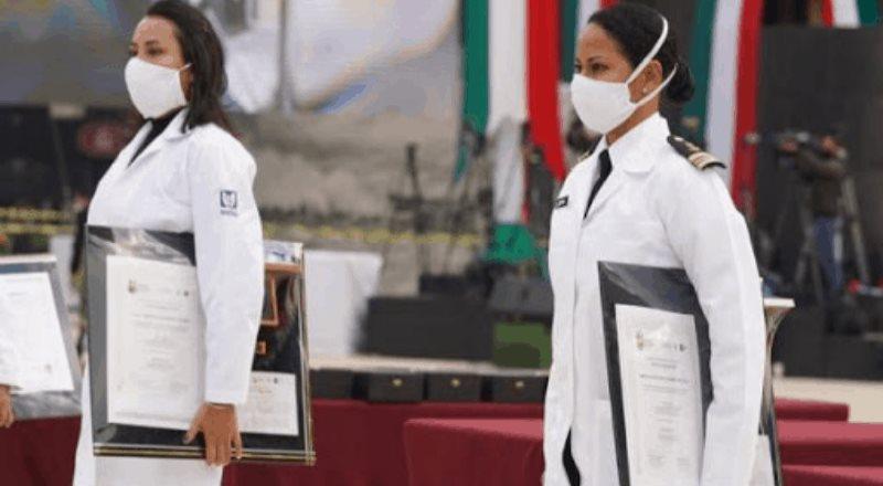 Personal del IMSS es condecorado por atender pacientes con Covid