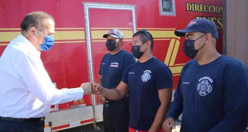 Genera ayuntamiento de Tijuana incremento de sueldo a policías y bomberos