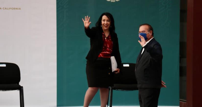 Arturo González asiste a evento invitado por AMLO