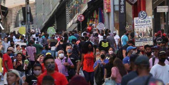 OMS señala a México en estado alarmante ante contagios, pide a líderes poner el ejemplo
