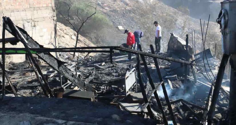 Atiende ayuntamiento incendios en diversos puntos de Tijuana
