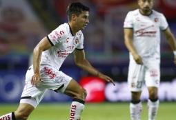 Chivas corre a Villalpando y pone transferibles a los fiesteros