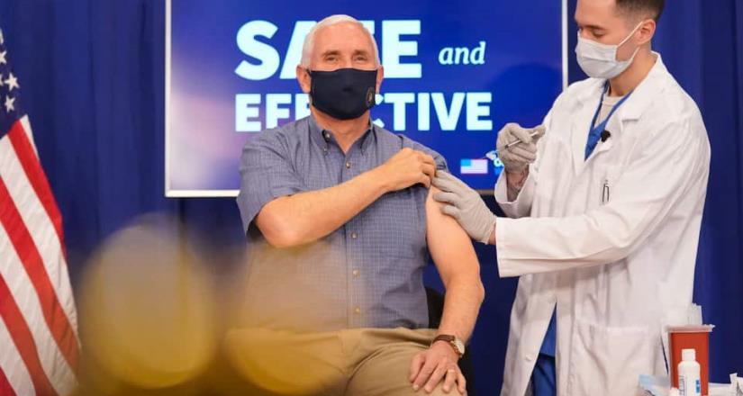 Vicepresidente de  EE. UU. y su esposa reciben la vacuna Pfizer contra el Covid-19