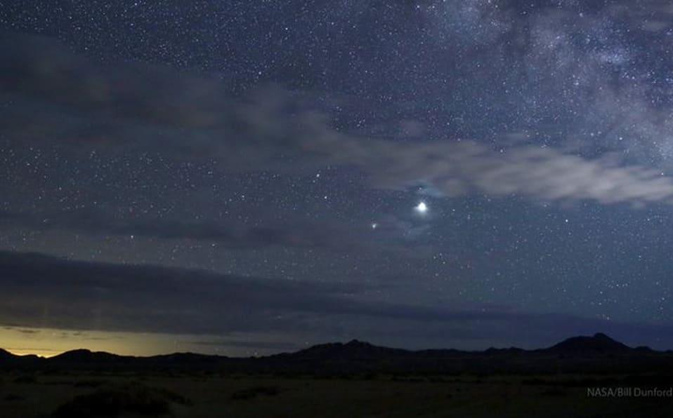 (Videos+Fotos) Así se logró apreciar la conjunción de Júpiter y Saturno