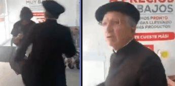 Sacerdote lanza golpes a dos personas que le exigieron usar cubrebocas