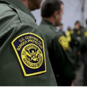 Se revocarán visas a quienes hagan cruces no esenciales por vía aérea o por tierra
