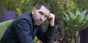 Arap Bethke es el rostro de la justicia en Buscando a Frida