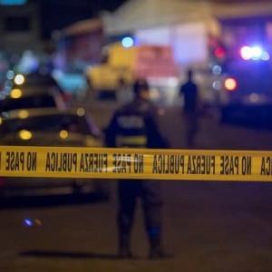Dueño de casa se enfrenta a balazos con ladrones y mata a uno