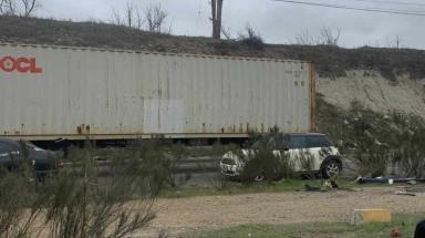 Se reporta tráfico lento debido a caravana de trailers