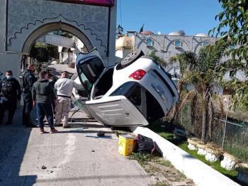 Se registra aparatoso accidente en bulevar Rosas Magallón