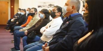 Entrega Alcalde de Ensenada reconocimientos a emprendedores que iniciaron sus negocios
