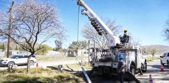 Realiza Gobierno de Ensenada instalaciones de luminarias en Valle de la Trinidad