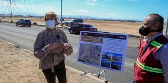 Informa Karen Postlethwaite avances de rehabilitación de la calle novena