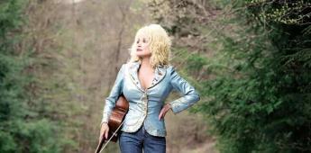 La cantante Dolly Parton dona un millón de dólares para vacuna de Moderna