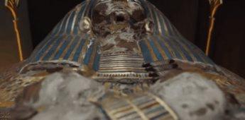 Se trasladan 22 momias durante un desfile en El Cairo, Egipto