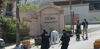 Hombre es asesinado a balazos en la entrada de la privada Olmo