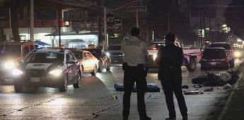 Motociclista muere tras impactarse contra palma y ser arrollado por un vehículo