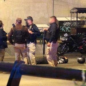 Biker es asesinado tras riña con policía municipal