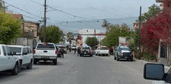 Atacan a elementos de la policía con armas de fuego desde domicilio