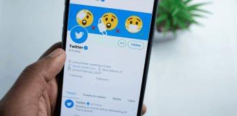 India obliga a Twitter a eliminar críticas a su actuación en pandemia