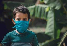 Embajada de México en Bélgica busca garantizar de vacunas Pfizer