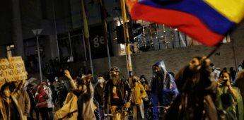 Continúan las manifestaciones en Colombia en contra de una reforma tributaria