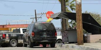 Hombre es asesinado por disparos de arma de fuego mientras comía en Tacos el ruly