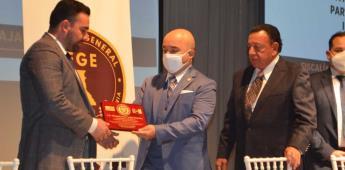 Personal de la Fiscalía General del Estado recibe reconocimiento de autoridades norteamericanas