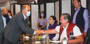 Jorge Hank se reúne con comunidad hispana y Leyzaolistas se suman a su campaña