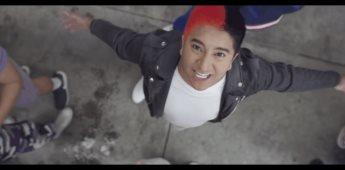 El influencer Mario Aguilar lanzó su vídeo musical Yo decido decidir