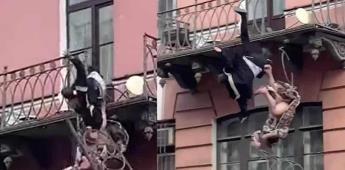 Pareja cae de un balcón mientras discute en San Petersburgo