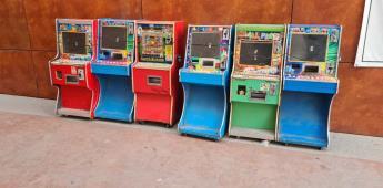 Decomisa la Fiscalía General del Estado 23 máquinas tragamonedas y 11 computadoras en Tijuana