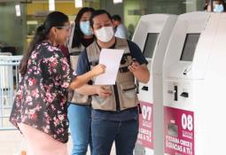 "Entrega Gobierno Municipal obra de pavimentación en la colonia ""Salvador Rosas Magallón"""