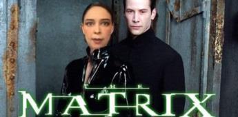 Mujer es bautizada como Lady Matrix
