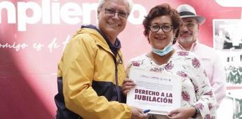 Gobernador jaime bonilla valdez entregó 70 jubilaciones a trabajadores de base del Ayuntamiento de Ensenada