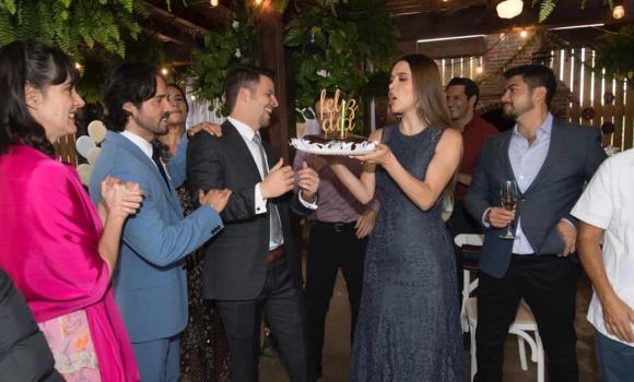 La Desalmada festeja cumpleaños de Julio Vallado