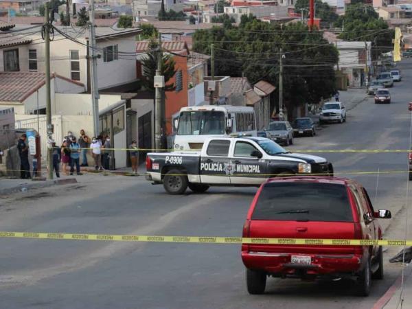 Conductor fue detenido en fraccionamiento El Dorado, este transportaba un cuerpo de una mujer ejecutada.