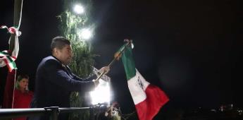Celebran ensenadenses tradicional Grito de Independencia de México