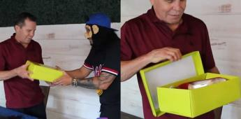 JC Chávez explota contra youtuber por regalarle unos tacones