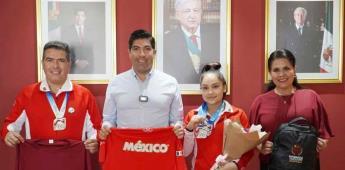 Reconoce alcalde Armando Ayala Robles a gimnastas ensenadenses