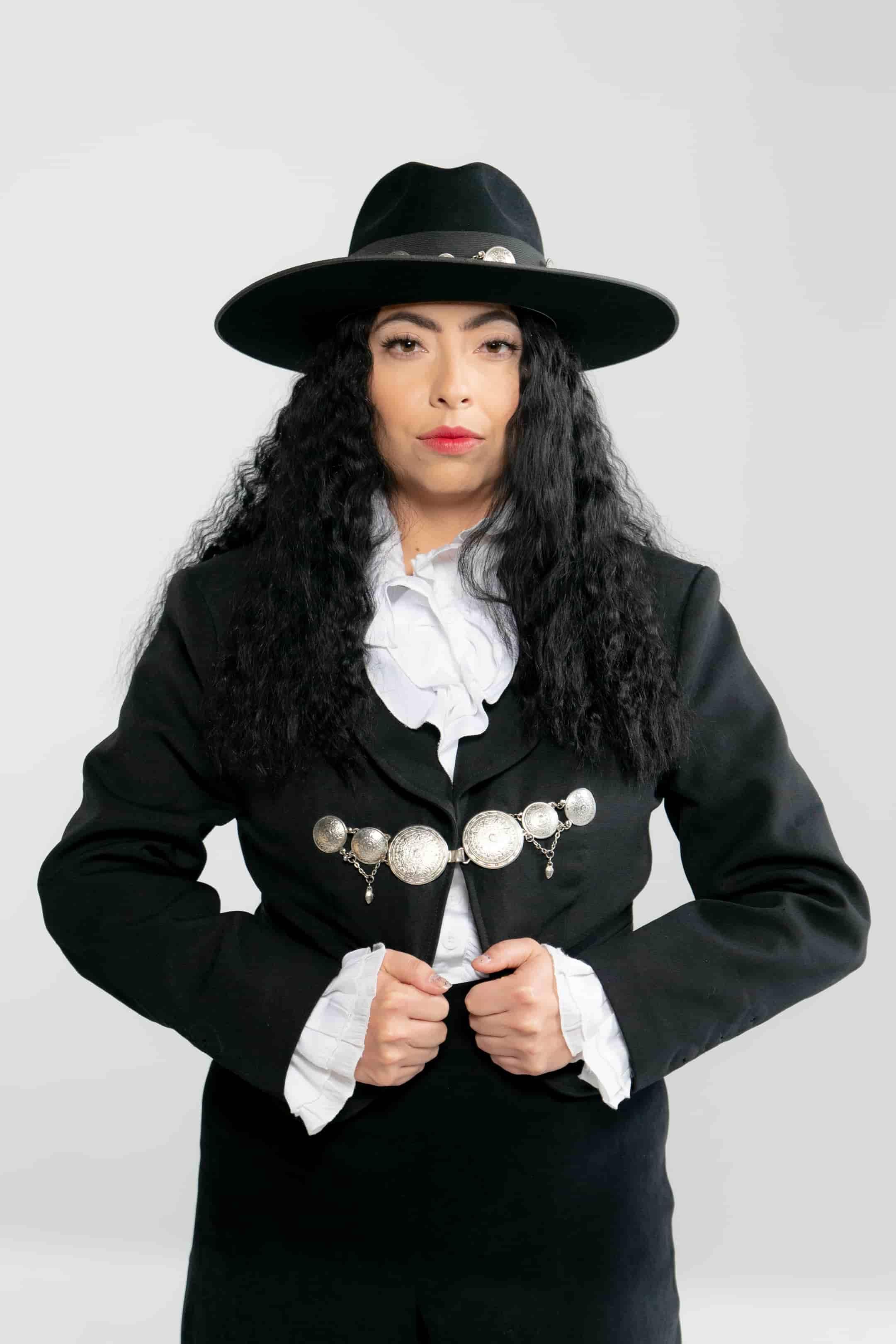 Nancy Sanchez (l.a.) + Luckas o. (Guadalajara)