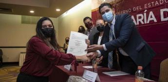 Secretaría de Educación entregó reconocimientos a Tutores y nombramientos definitivos a Docentes
